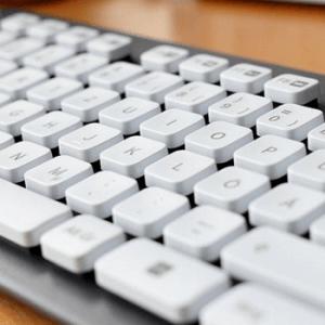 ¿Cuánto cuesta un teclado de ordenador en España?