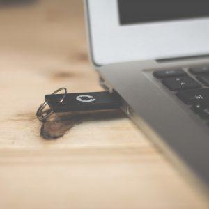 ¿Cómo reparar una USB dañada?